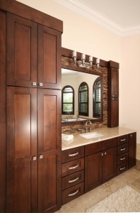 Equestrian Ranch House Master Bath his