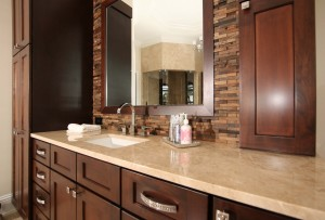 Equestrian Ranch House Master bath hers